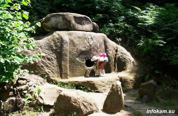 Дольмены древнее пирамид
