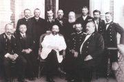 П. А. Столыпин (в белом кителе) в Камышине. Балкон Земского дома. 1903 год