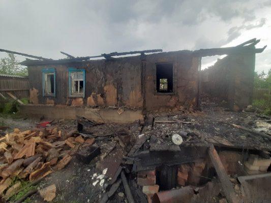 Последствия пожара в Петровом Вале
