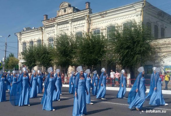 Арбузный парад