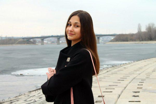 Илона Шандакова