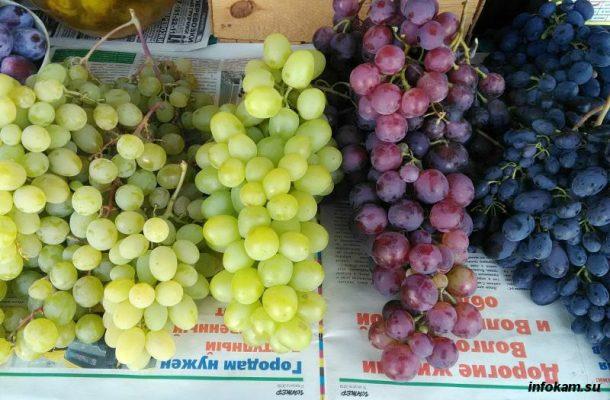 Виноград на рынке Камышина
