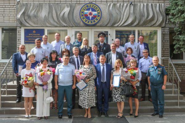 Они борются за жизни ( ГУ МЧС по Волгоградской области)