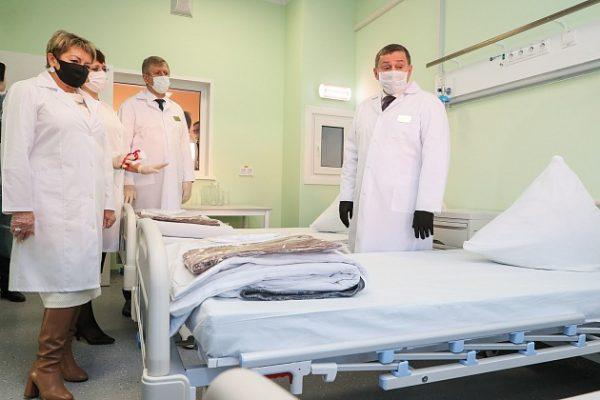 В новой больнице Волжского (пресс-служба администрации Волгоградской области)