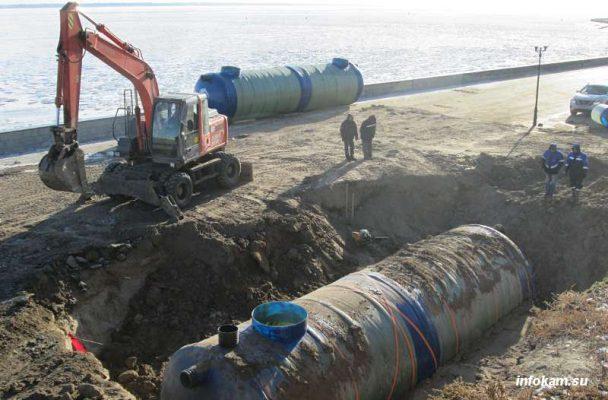 Камышин. Идут работы по сосзданию системы очистки ливневой канализации
