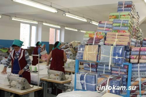 В швейном цеху ООО «Камышинский Текстиль»