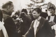 Гейдар Алиевич Алиев с директором Камышинского хлопчатобумажного комбината Лидией Ивановной Рыбянченко