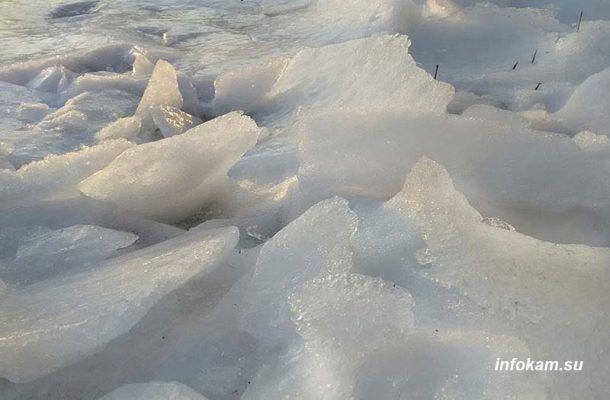 Ледяной наст в Камышине