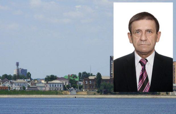 Секретарь первичной партийной ячейки КПКР в Камышине Анатолий Ярмолович