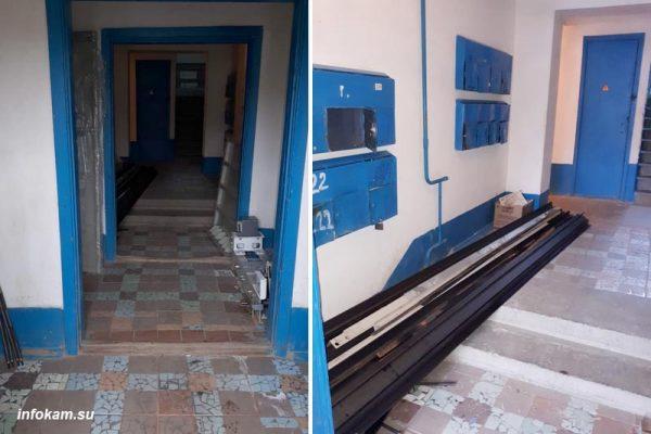 Части будущего лифта складируются прямо у незакрытых дверей подъезда