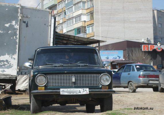 Камышин. ВАЗ-2101 в городе