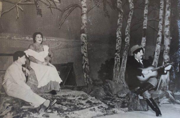 Актёр Камышинского драматического театра И.Н. Гуро (на сцене)