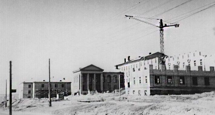 Строительство училища