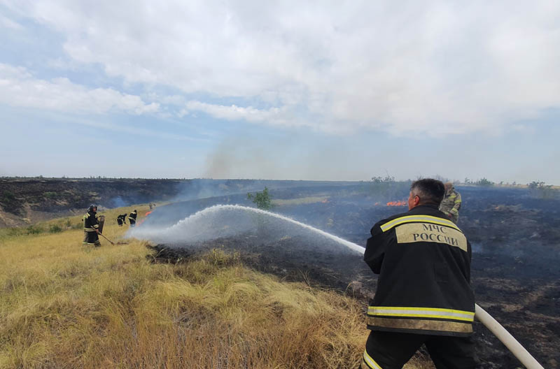В борьбе с огнем (ГУ МЧС по Волгоградской области)