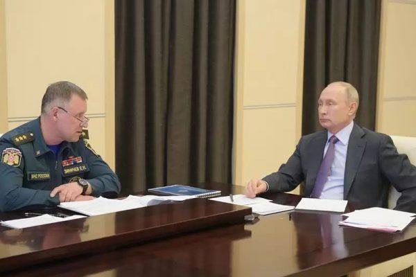 Владимир Путин и Евгений Зиничев (сайт президента страны)