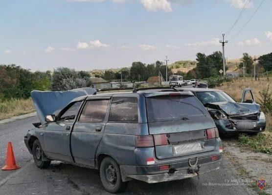 На месте ДТП (ГУ МВД по Волгоградской области)