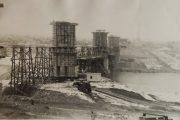 Опоры строящегося моста у левого берега Камышинки